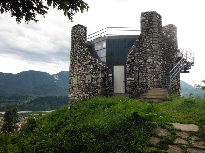 La medioevale torre Picotta