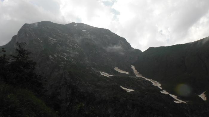 La Creta di Collina tra le nuvole