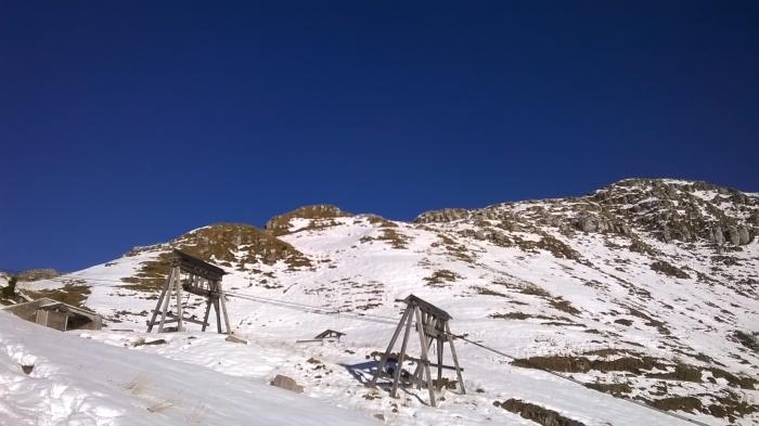 La partenza della teleferica per il trasporto del marmo